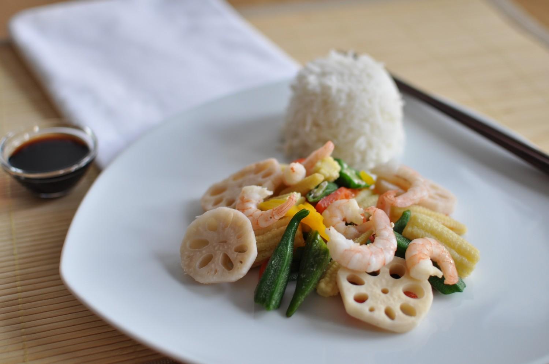 shrimps wok mit asia gem se yuu 39 n mee. Black Bedroom Furniture Sets. Home Design Ideas