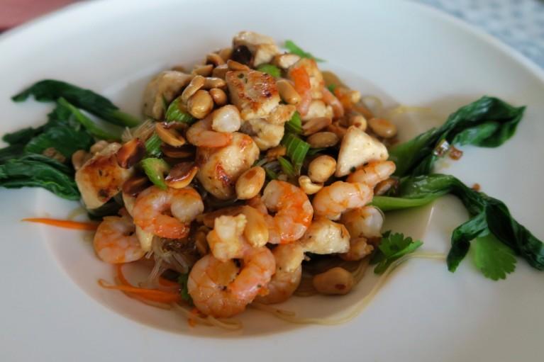 Glasnudelsalat mit Shrimps und Huhn – 11